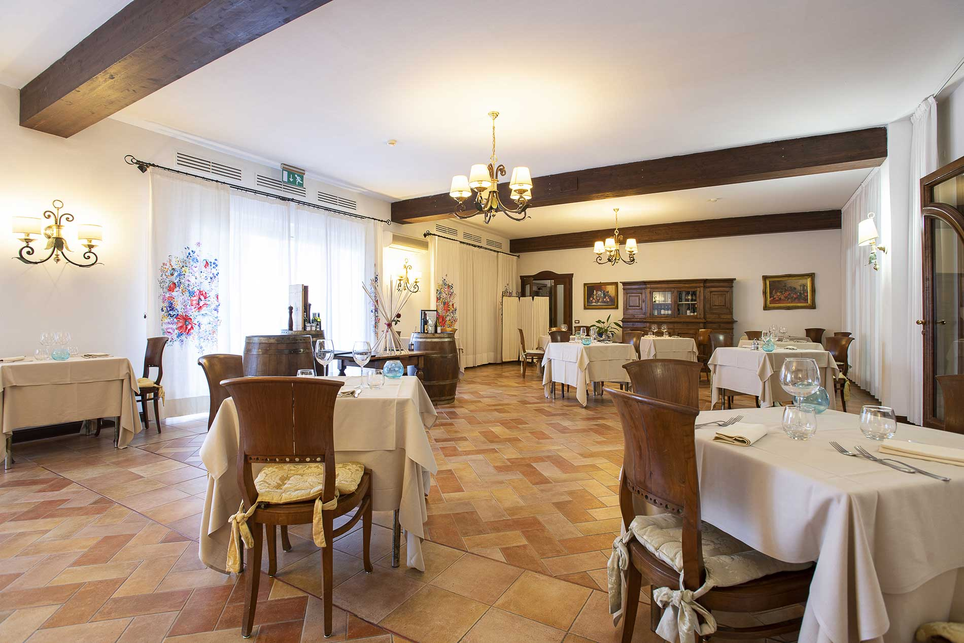 Caletra Restaurant